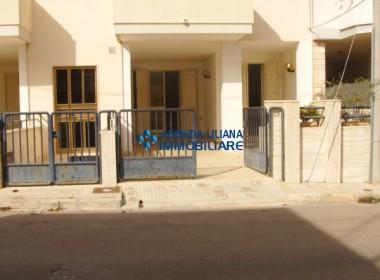 """Appartamento - Zona """"Quattro Colonne""""-S. Maria al Bagno-001"""