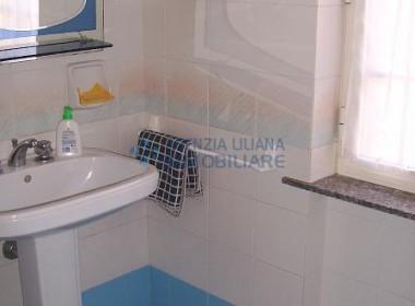Immobile su due livelli con giardino-S. Maria al Bagno-013