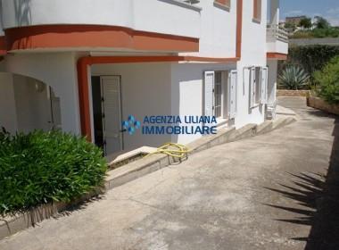Appartamento con ampio giardino-S. Maria al Bagno-002