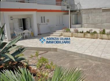 Appartamento con ampio giardino-S. Maria al Bagno-027