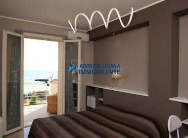 Appartamento Fronte mare-S. Maria al Bagno-007