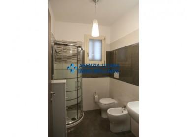Appartamento Fronte mare-S. Maria al Bagno-009