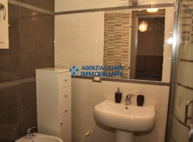 Appartamento Fronte mare-S. Maria al Bagno-016