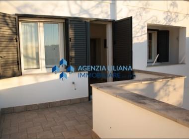 """Zona """"Quattro Colonne"""" - Appartamento Vista mare-S. Maria al Bagno-006"""