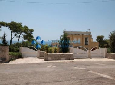 villa sea view in salento
