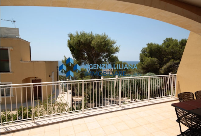 villa sea view in salento