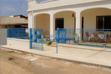 Appartamento zona centrale spiaggia Santa Maria al Bagno